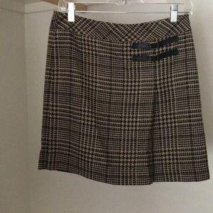 Tan and black Loft pleated skirt